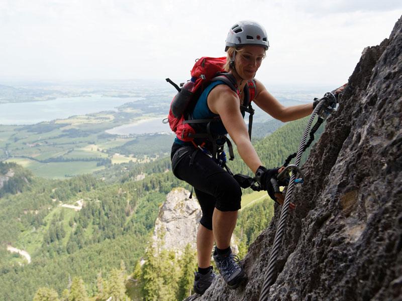 Kletterin beim Gipfeltreffen