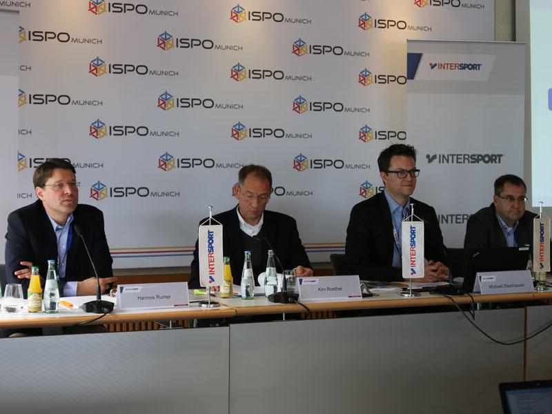 Der INTERSPORT-Vorstand bei der Pressekonferenz ISPO 2017